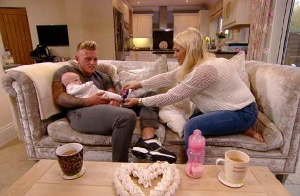 TOWIE's Tommy Mallet cuddles baby Nelly while visiting Billie Faiers - 15 Oct 2014