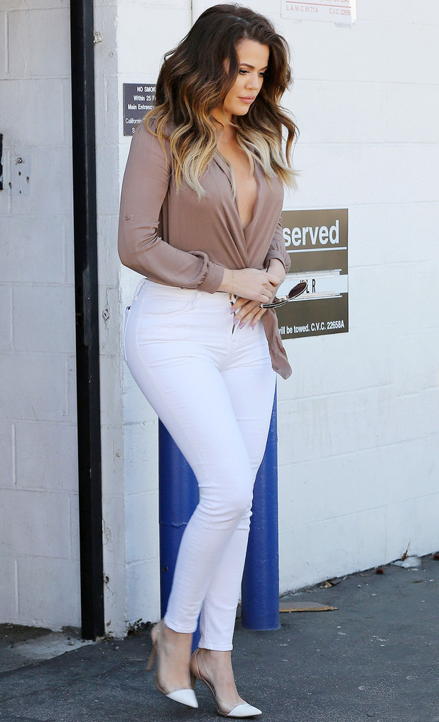 Khloe Kardashian and Kourtney Kardashian out and about, Los Angeles, America - 22 Oct 2014