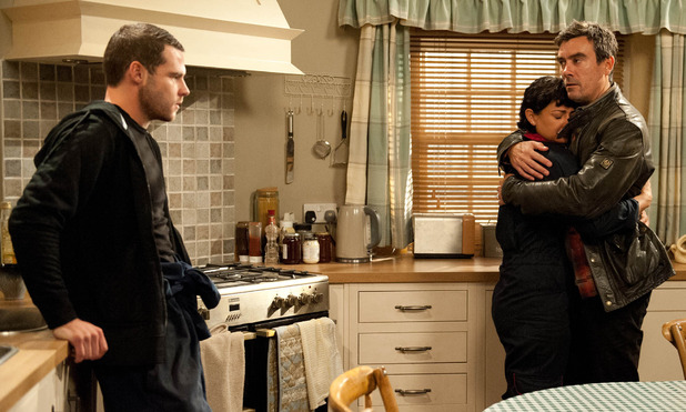 Emmerdale, Cain finds out about Maxine, Mon 27 Oct