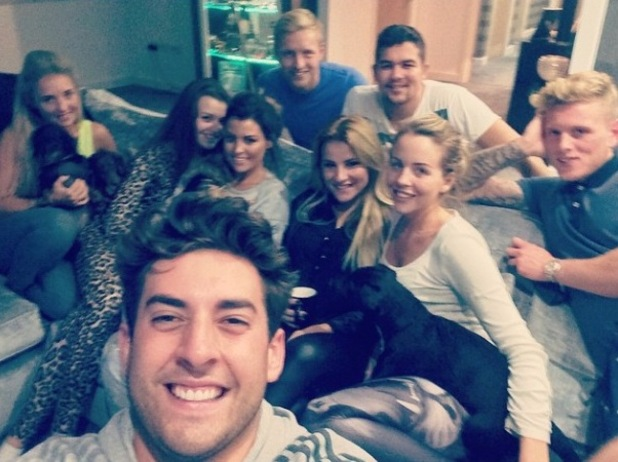 Lydia Bright enjoys night in with TOWIE co-stars - 22 October.