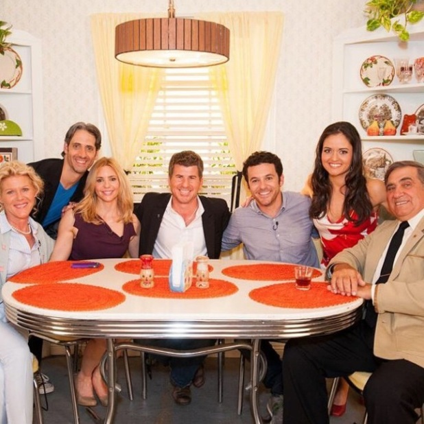 Fred Savage and The Wonder Years cast reunite after 21 years - 20 Oct 2014