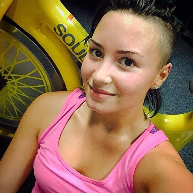 Demi Lovato posts a make-up free selfie after her SoulCycle fitness class - 20 October 2014