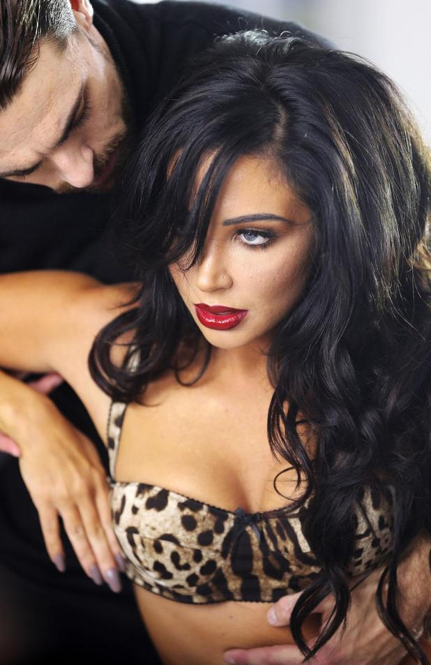 Tulisa announces new single 'Living Without You' - 20 October.