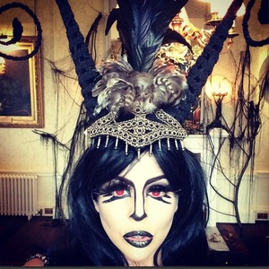 Lydia Bright instagram picture of Halloween make up 29/10/2014