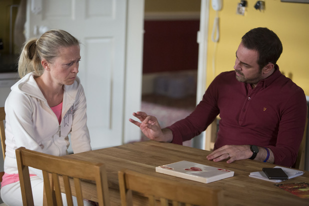 EastEnders, Mick wants to know what's wrong with Linda, Tue 4 Nov