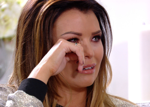 TOWIE's Jessica Wright cries after learning Ricky Rayment has tweeted another girl - 29 Oct 2014