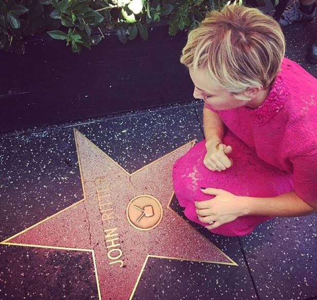 Kaley Cuoco-Sweeting pays tribute to former co-star John Ritter, LA 29 October
