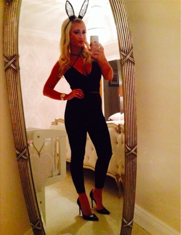 TOWIE's Billie Faiers looks smokin' hot in Halloween costume, 1 November 2014