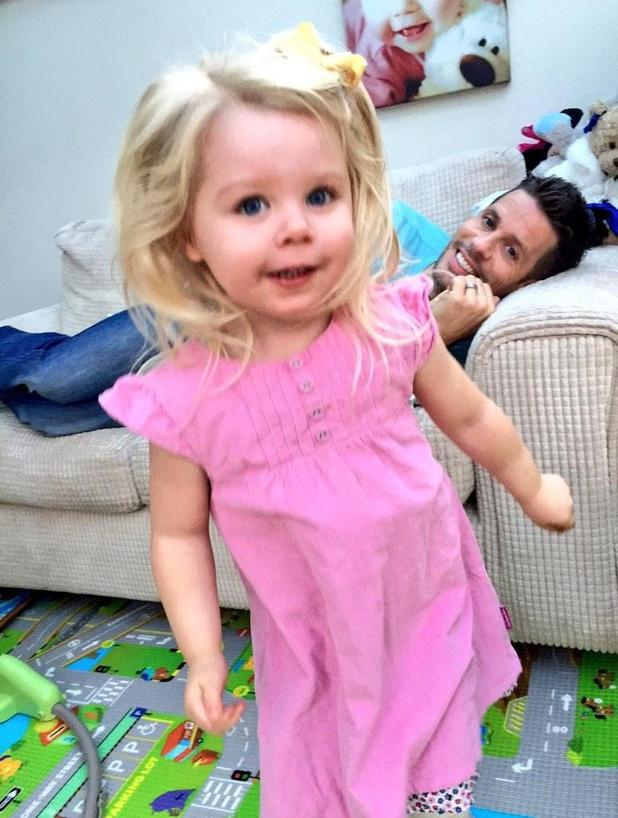 Michelle Heaton shares picture of husband Hugh Hanley and daughter Faith at home, 2 November 2014