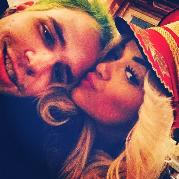 Rita Ora, Ricky Hill cuddle up in new Instagram photo - 27 October.