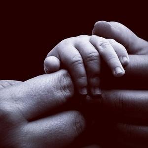 Beyoncé congratulates Kelly Rowland on son's birth 5 November
