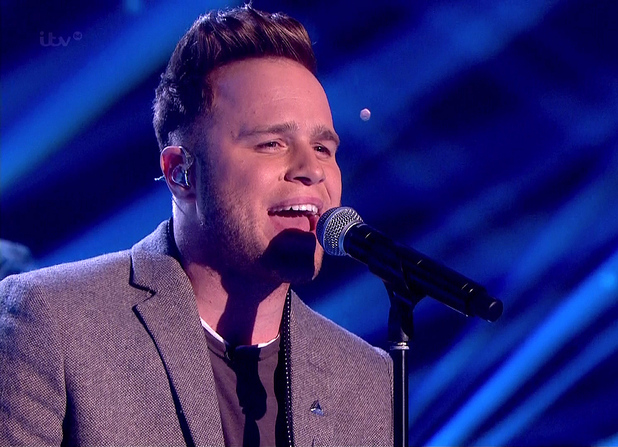 Olly Murs performs on 'Surprise Surprise' - 19 December 2013.