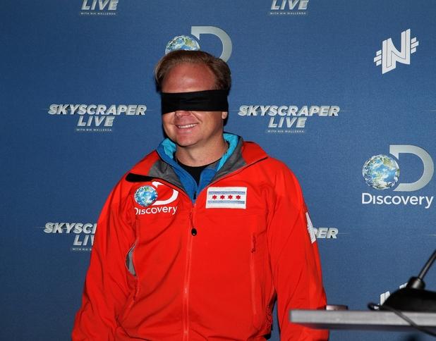 Nik Wallenda wearing blindfold