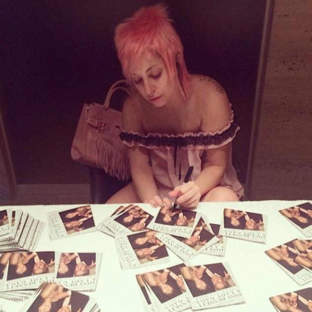 Lady Gaga in a pink mullet wig, 27 September 2014