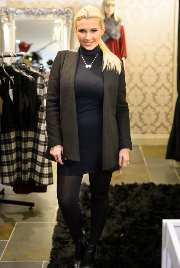 Billie Faiers wears head-to-toe black while filming at Danielle Armstrong's clothing boutique in Hornchurch, Essex - 3 November 2014