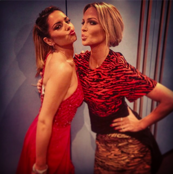 Sarah Harding and Cheryl Fernandez-Versini are reunited backstage on The X Factor, 8 November 2014