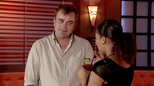 Corrie, Steve goes to the Bistro, Mon 17 Nov
