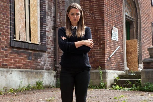 Hollyoaks, Sienna kidnaps Dodger, Mon 17 Nov