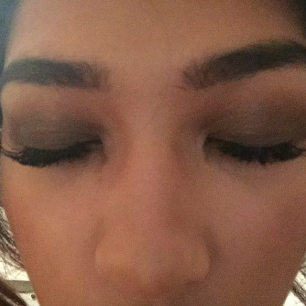 Vanessa White thanks eyelash extension specialist Soodi for her gorgeous new lashes for her birthday party, 14 November 2014