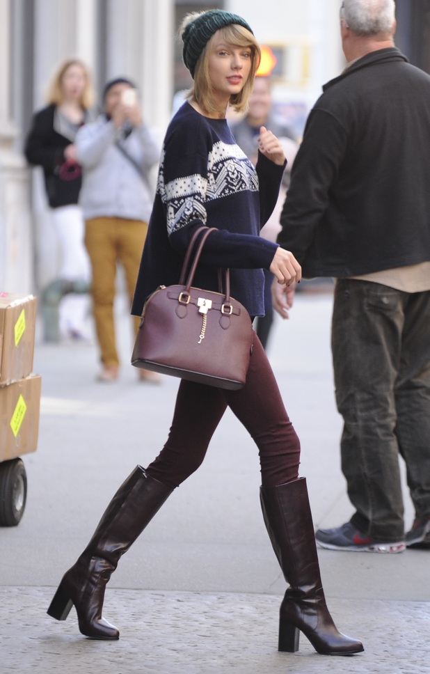 Taylor Swift steps out in New York, America - 13 November 2014