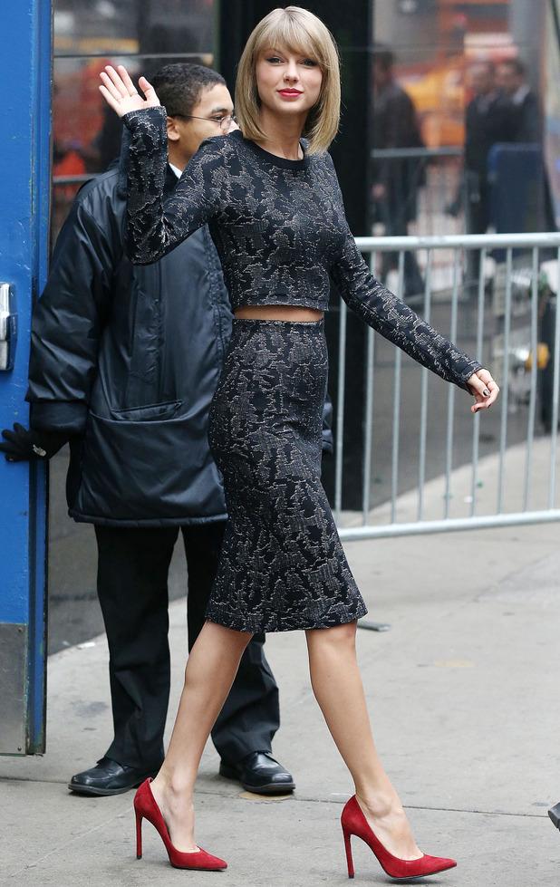 Taylor Swift arrives at Good Morning America 11 November
