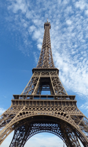 View of the Eiffel Tower from the 2CV tour in Paris - October 2014.