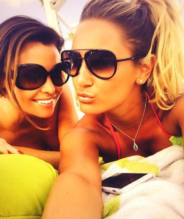 TOWIE's Jessica Wright and Sam Faiers pose while sunbathing in Dubai - 20 November 2014