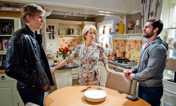 Emmerdale, Diane urges Andy and Robert to make up, Wed 3 Dec