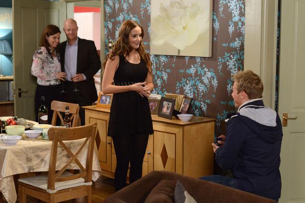 EastEnders, Peter proposes to Lauren, Thu 4 Dec
