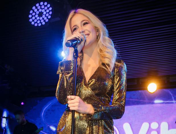 Pixie Lott performs secret gig at Under The Bridge, Chelsea 24 November