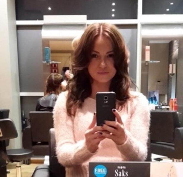 Ola Jordan dyes her hair brown 26 November
