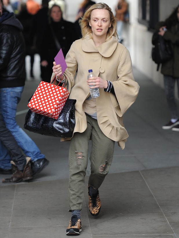 Fearne Cotton leaving the BBC Radio 1 studios without make-up  - 28 Nov 2014