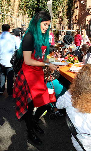 Kylie Jenner, 2014 LA Mission's Annual Thanksgiving for the Homeless, 25 November 2014