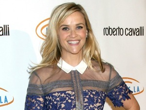 Reese Witherspoon at 12th Annual Lupus LA Bag Ladies Luncheon - Arrivals, 22 November 2014