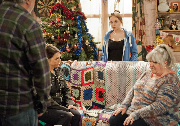 Emmerdale, Belle in trouble, Wed 10 Dec
