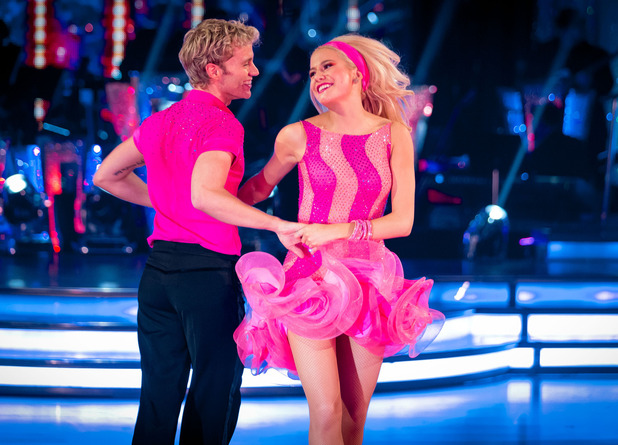 Pixie Lott voted off Strictly Come Dancing - 7/12/2014.
