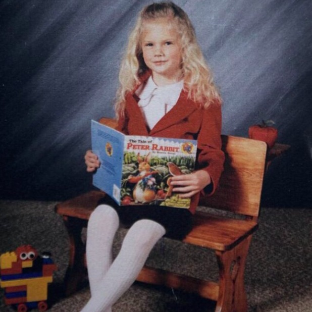 Taylor Swift celebrates 25th birthday with throwback photo of her childhood, 12 December 2014