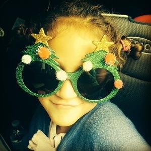Jennifer Lopez shares Christmas photo of children 19 December