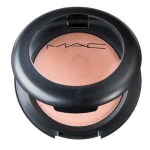 MAC Cream Colour Base in Hush
