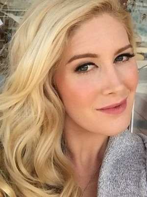 The Hills' Heidi Montag poses in front of baby store - 18 December 2014