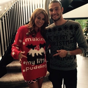 Billi Mucklow announces she is pregnant on Christmas Day.