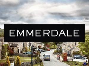 Emmerdale logo - 7 Jan 2015