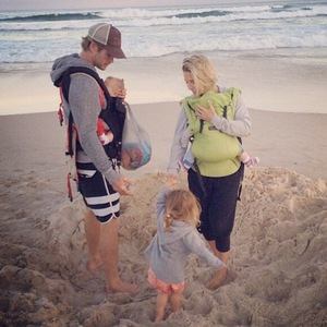 Chris Hemsworth and family on the beach 27 October