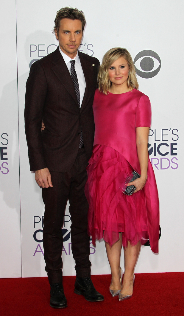 Kristen Bell and Dax Shephard attend the People's Choice Awards in Los Angeles - 7 January 2015