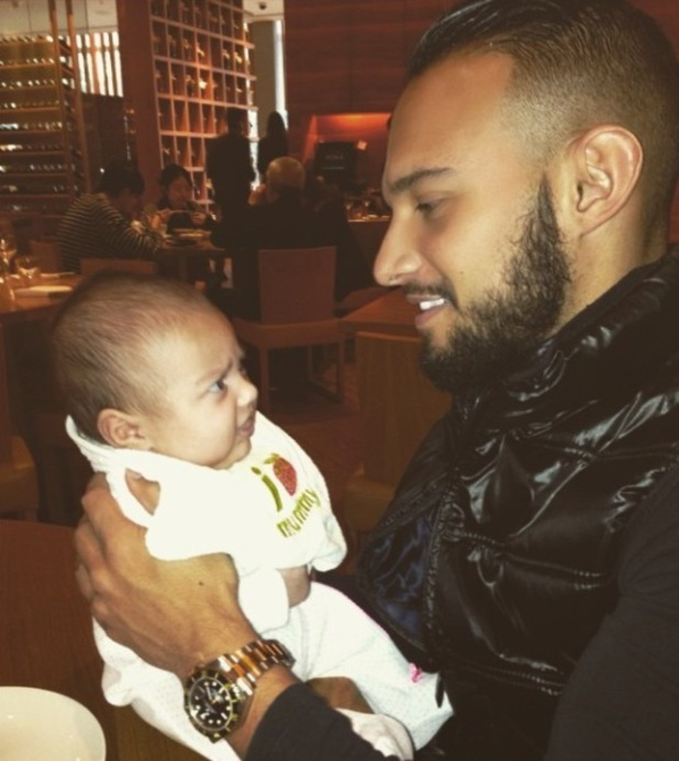 Kenzie celebrates his 29th birthday with baby daughter Wyllow-Alliah - 6 Jan 2014
