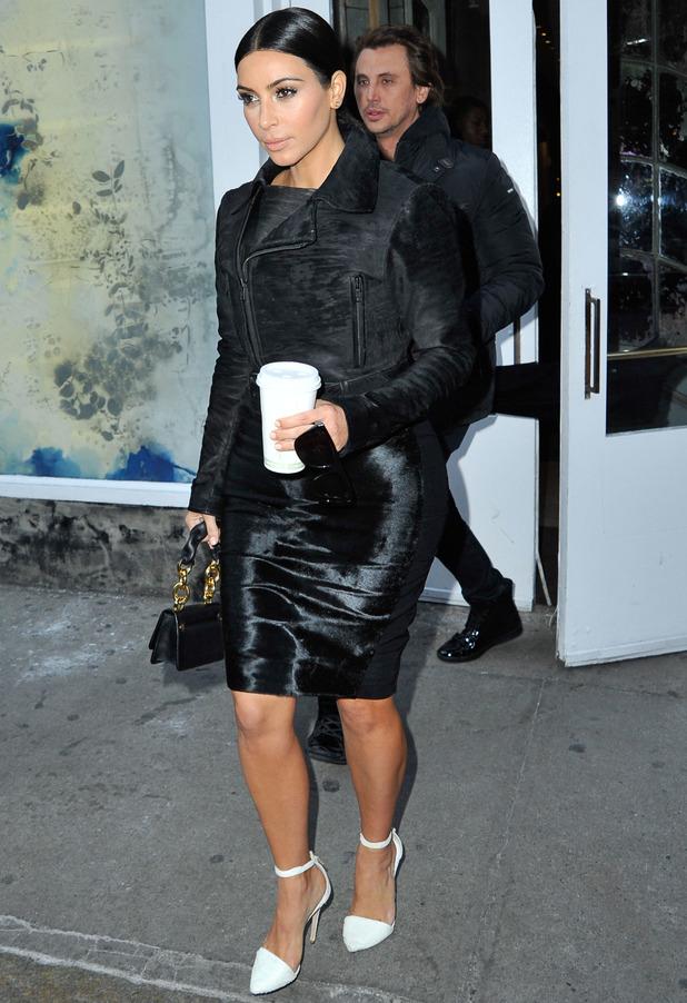 Kim Kardashian out shopping in New York while wearing LBD - 9 January 2015