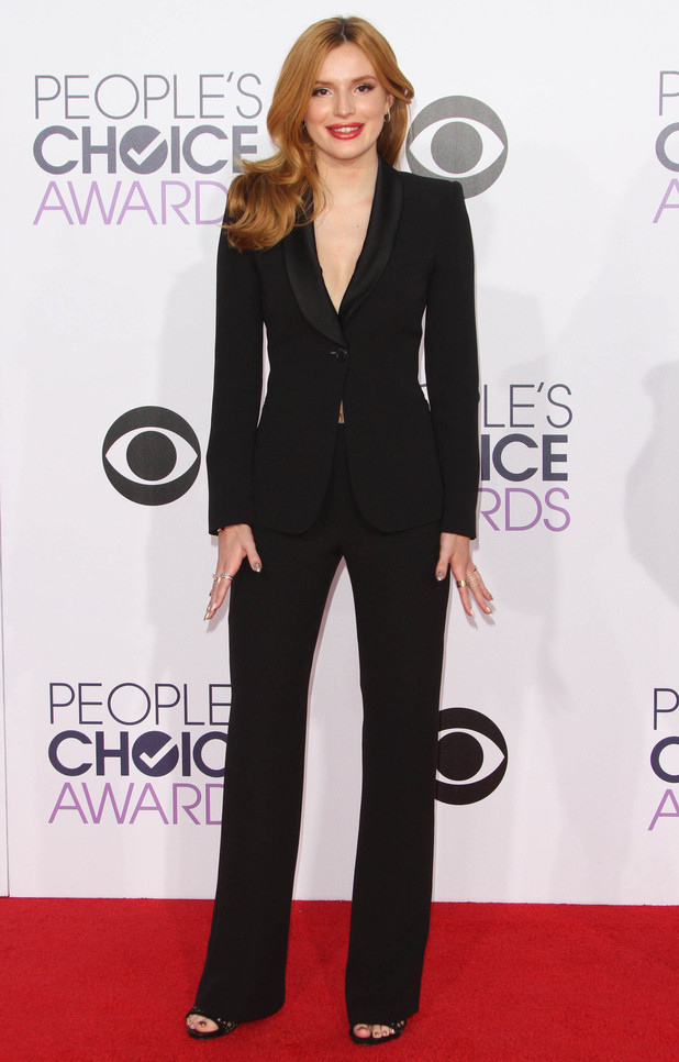 Bella Thorne wears a suit as she attends the People's Choice Awards 2015 in Los Angeles, America - 7 January 2015