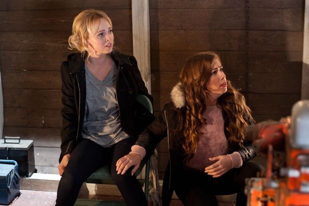 Hollyoaks, Will kidnaps Maxine and Theresa, Mon 19 Jan