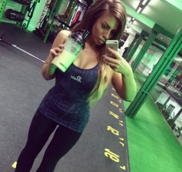 Holly Hagan takes post workout selfie 13 January