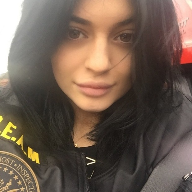 Kylie Jenner posts a make-up free selfie on Instagram - 11 January 2015